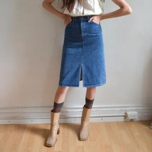🆕 VINTAGE ORANGE TAB LEVIS Skirt/ 70's Hi-Waisted